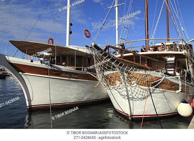 Croatia, Split, harbor, ships, boats