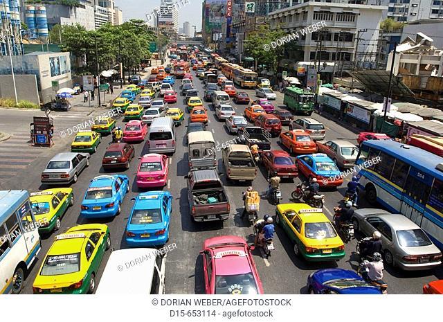 Late Morning Traffic on Th Rachadamri, Bangkok. Thailand