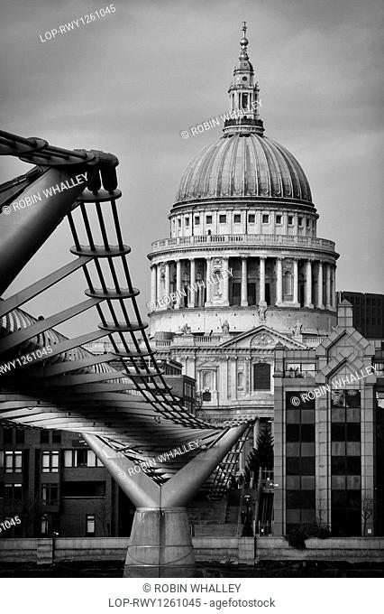 England, London, St Pauls, St Paul's Cathedral and the London Millennium Footbridge, crossing the River Thames to link Bankside with the City of London