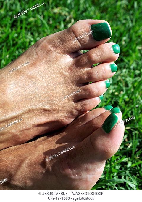 Painted toenails