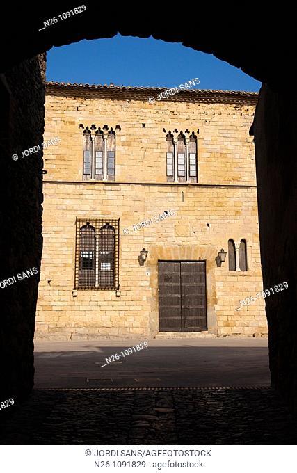 Castillo de Peratallada  Siglo XI  España, Catalunya, provincia de Girona, Baix Empordà, Forallac, Peratallada