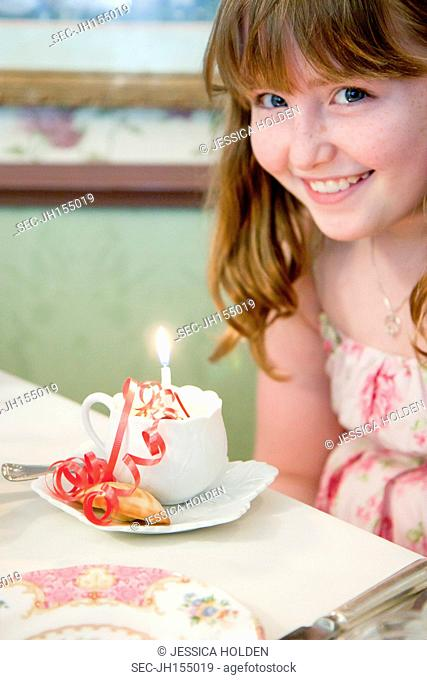 Picture of girl (10-12) at birthday party
