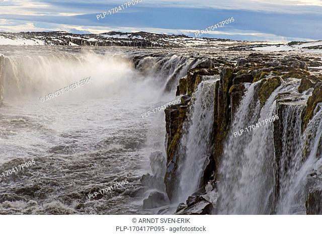 Selfoss waterfall on the river Jökulsá á Fjöllum in in the Jökulsárgljúfur canyon in winter, Northern Region in Iceland