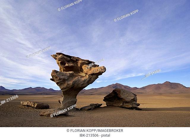 Bizarre rock in the shape of a mashroom (Arbol de Piedra), Uyuni Highlands, Bolivia