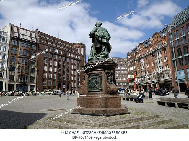 Gaensemarkt, Goose Market, with Lessing fountain, Hamburg, Germany, Europe