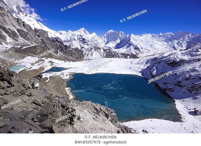 view from Kongma La to Makalu, Baruntes and Chhukhung glacier, Nepal, Himalaya, Khumbu Himal