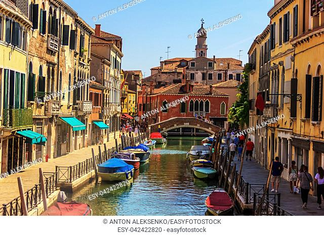 Rio del Magazen in Venice, a channel with pavements and street cafes