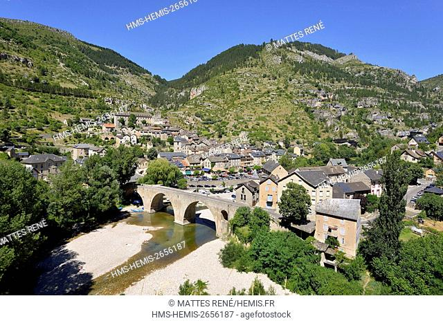 France, Lozere, the Causses and the Cevennes, Mediterranean agro pastoral cultural landscape, listed as World Heritage by UNESCO, the Gorges du Tarn, Ste Enimie