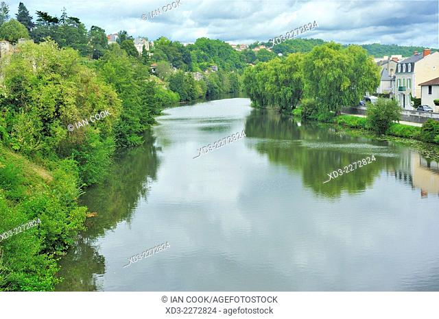 L'Isle River at Perigueux, Dordogne Department, Aquitaine, France