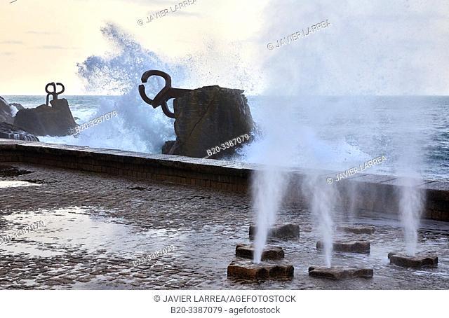 """""""Peine del Viento"""" (Comb of the Wind), Eduardo Chillida sculpture, Donostia, San Sebastian, Gipuzkoa, Basque Country, Spain, Europe"