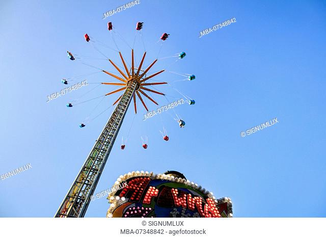 Europe, Germany, Hesse, Frankfurt am Main, chairoplane on the Dippemess