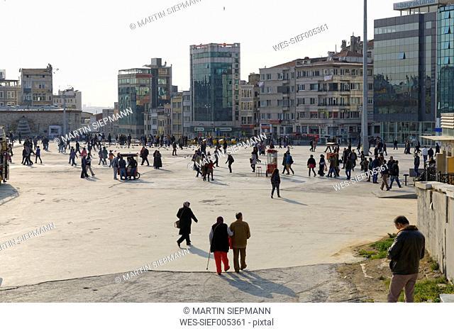 Turkey, Istanbul, Beyoglu, Taksim Square