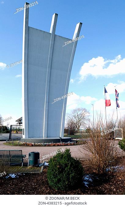 Air bridge memorial