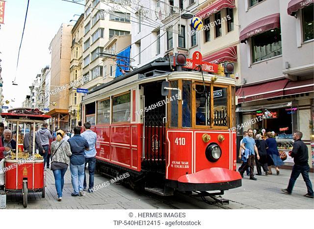 Turkey, Istanbul, Istiklal Caddesi, Traditional tram