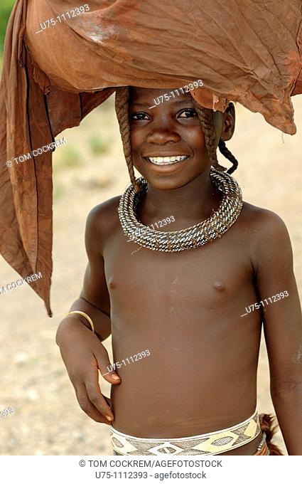 himba girl, opuwo, namibia