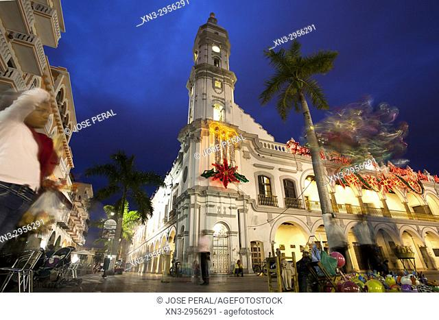 Christmas decorations, Town Hall or Municipal Palace of Veracruz, Palacio Municipal, Main Square, Zocalo, Veracruz City, Heroica Veracruz, State of Veracruz