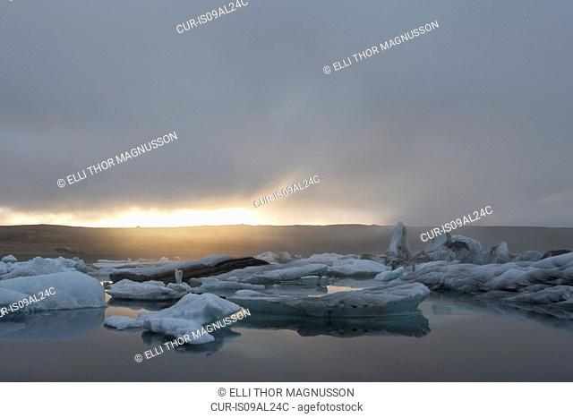 Jokulsarlon Glacier Lagoon, Skaftafell National Park, Iceland