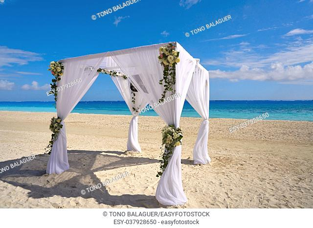 Caribbean wedding gazebo on the beach of Riviera Maya of Mexico
