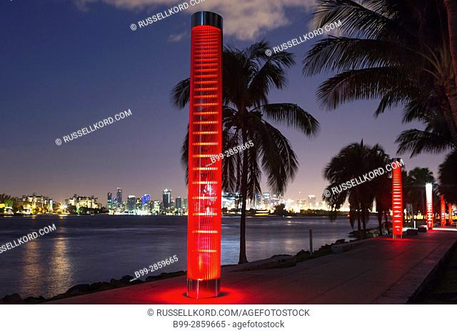 TURTLE LIGHT TOWERS SOUTH POINTE PARK GOVERNMENT CUT CHANNEL MIAMI BEACH FLORIDA USA