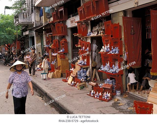 Street scene, Hanoi, Vietnam, Indochina, Southeast Asia, Asia