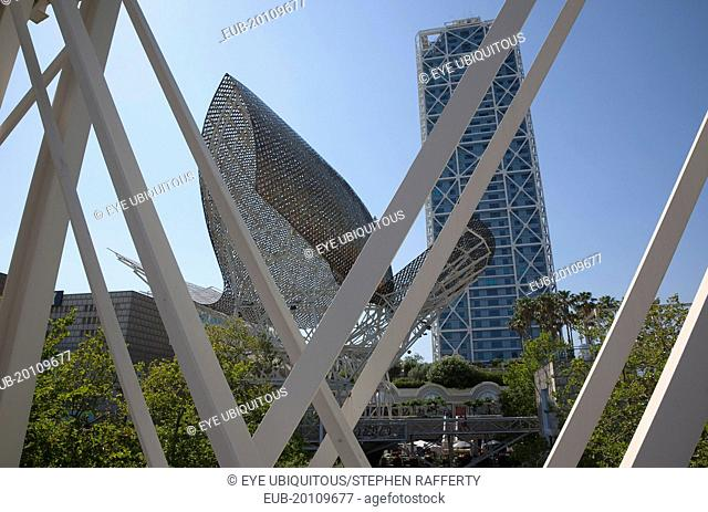 The Piex d'Or sculpture by Frank Gehry