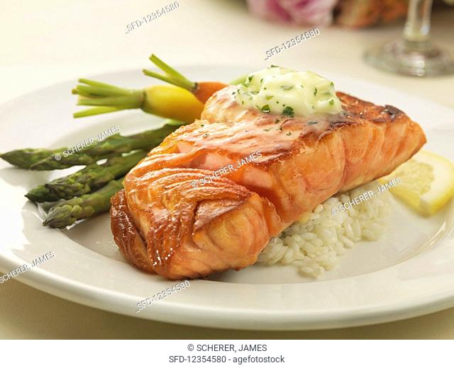 Grilled salmon with rice and spring vegetables