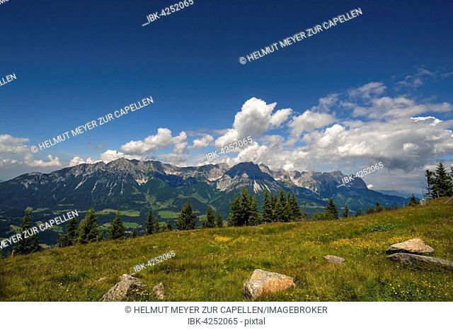 View from Brandstadl towards Wilder Kaiser, cloudy sky, Scheffau am Wilden Kaiser, Tyrol, Austria