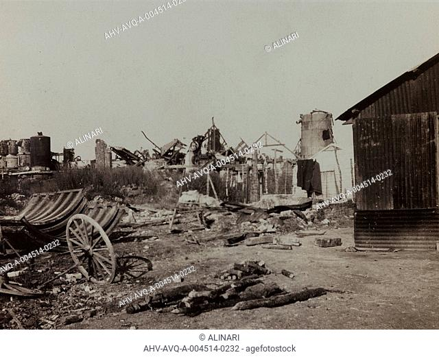 Album Harriet Louise Self: sugar factory in Berry-au-Bac destroyed by bombing during World War I, shot 01/10/1919