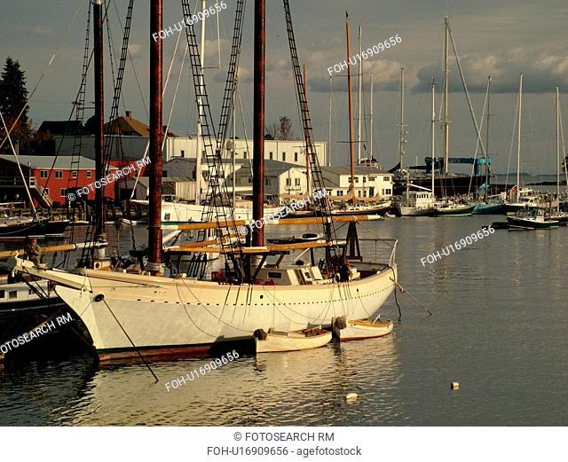 Camden, ME, Maine, Harbor, boats, schooner