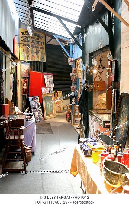 France, ile de france, paris, 18e arrondissement, porte de clignancourt, marche aux puces de saint ouen, marche vernaison, Photo Gilles Targat