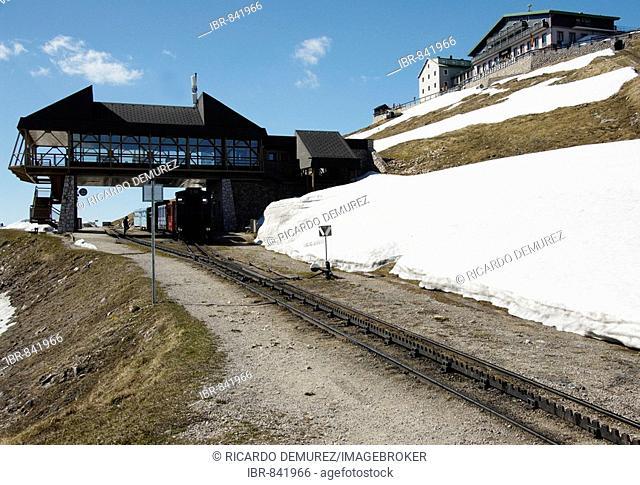 The Schafbergbahn, cog railway on the Schafberg Mountain, railway on the peak, Bahnhof auf Bergspitze, Salzburg, Austria, Europe