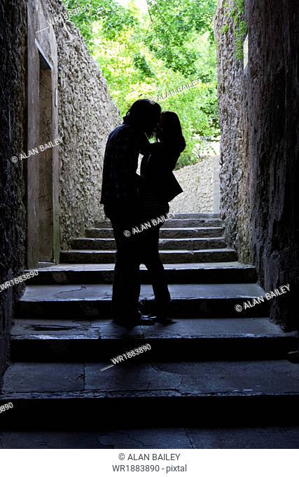 Italy, Amalfi Coast, Ravello, Young couple kissing