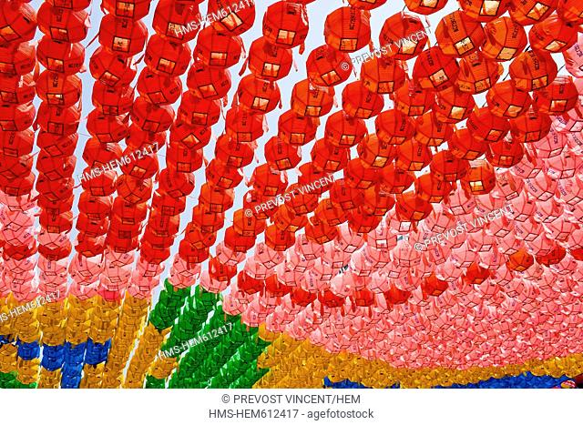 South Korea, Seoul, Insadong District, Jogye Buddhist Temple, roof made of colorful lanterns on the occasion of Buddha's Birthday