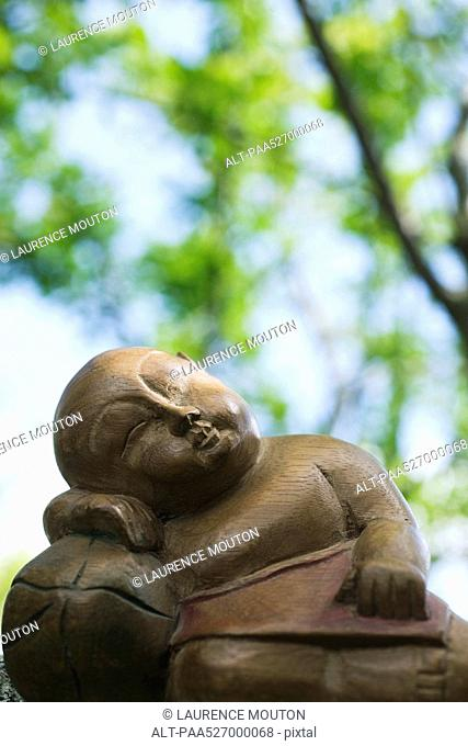 Sleeping Buddha statue, close-up