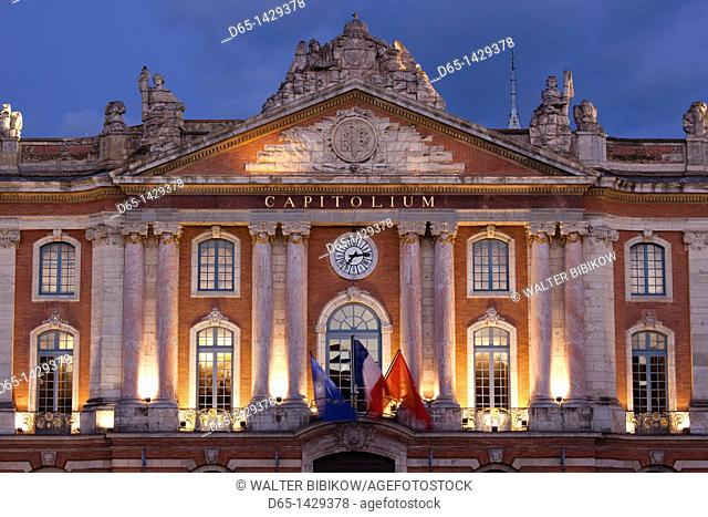 France, Midi-Pyrenees Region, Haute-Garonne Department, Toulouse, Place du Capitole, town hall, evening