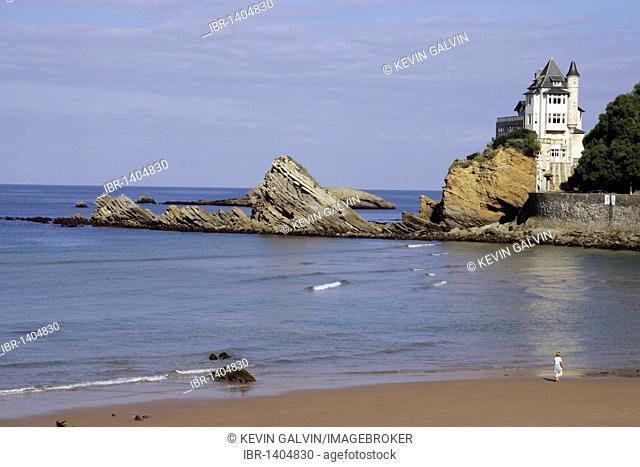 Beach, chateau, promenader, Biarritz, Pyrénées-Atlantiques, Atlantic Coast, Aquitaine, France, Europe