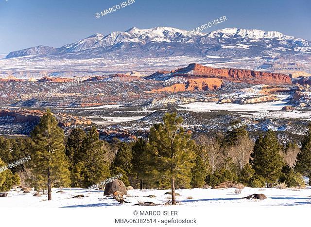 Looking east on Highway 12 to Henry Mountain, Utah, USA