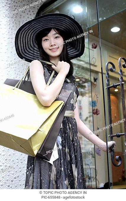 Young Korea Woman Shopping