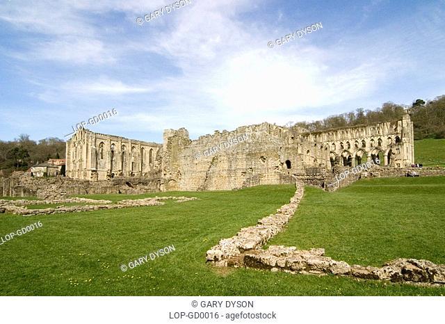 England, North Yorkshire, Helmsley, Rievaulx Abbey