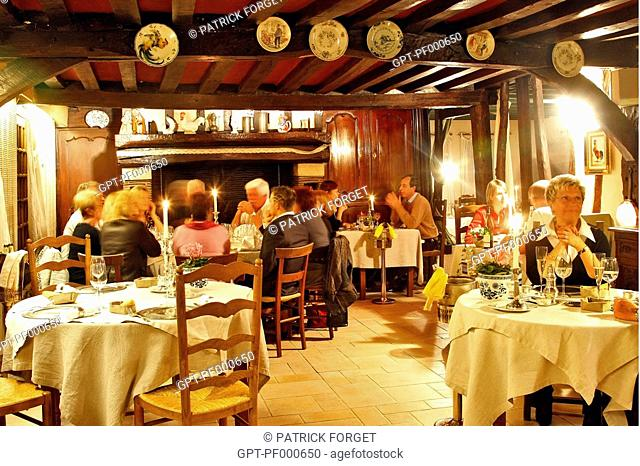 DINING ROOM IN THE 4-STAR HOTEL RESTAURANT, 'LE PETIT COQ AUX CHAMPS', CAMPIGNY, EURE, FRANCE