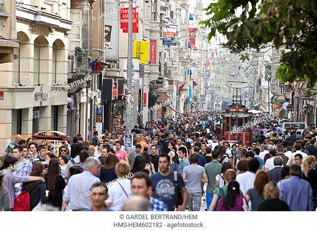 Turkey, Istanbul, Beyoglu, Taksim district, Taksim square