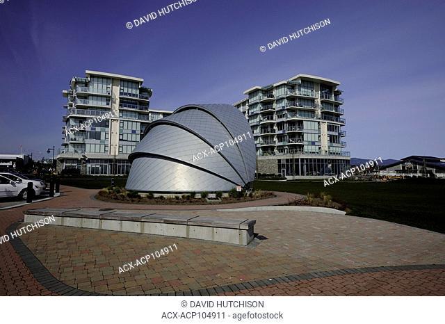 Sidney Pier Hotel, Sidney, BC Canada