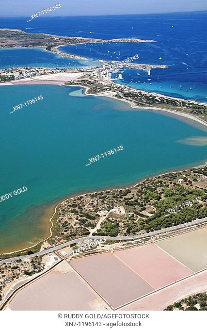 Ses Illetes area, Es Pujol des Palo in foreground, Ses Salines and Pudent lagoon on the left and Es Savina harbor and Es Peix lagoon on top, Formentera