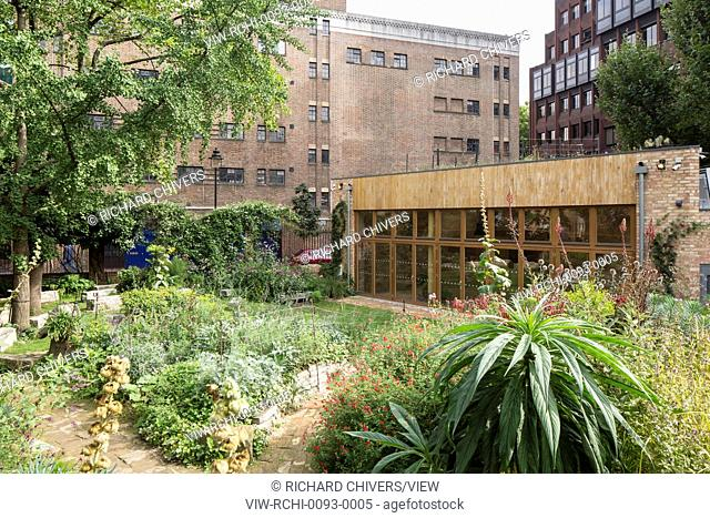 The Phoenix Garden Community Building is located in the heart London, in Soho, and a few metres from both Covent Garden and Leic