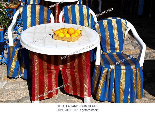 Africa, Tunisia, Sousse, Medina, Place de la Grande Mosque, Restaurant, Oranges sitting on Table
