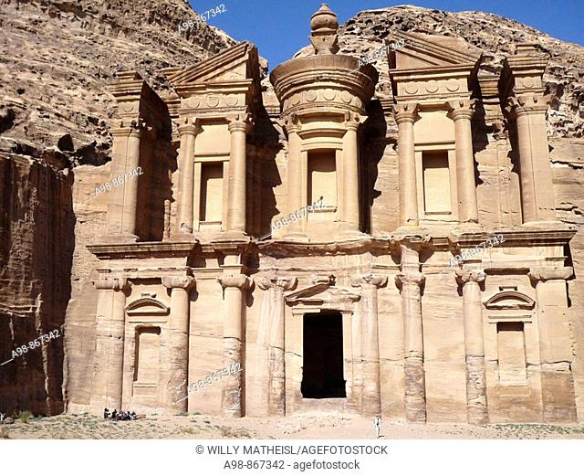 Al El Deir, Monastery, massive rock temple in the ancient Nabataean rock city of Petra, Hashemite Kingdom of Jordan, Middle East