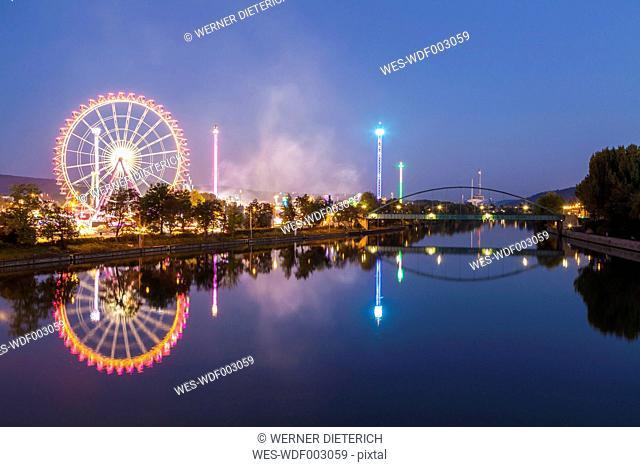 Germany, Stuttgart, Cannstatter Wasen fairground at night