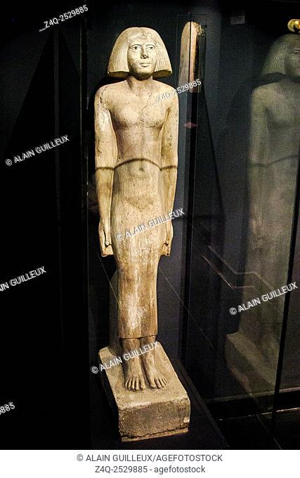 Egypt, Alexandria, National Museum, standing statue of Meresankh, limestone, Giza