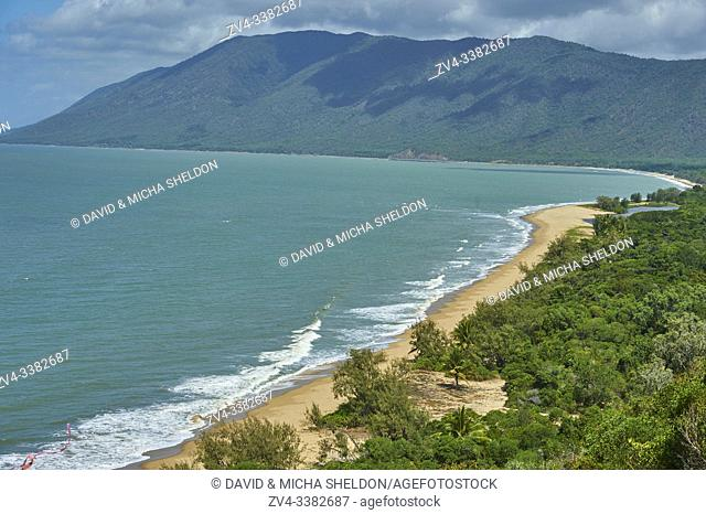 Rex Lookout and Wangetti Beach at Captain Cook Highway between Cairns and Port Douglas, North Queensland, Australia