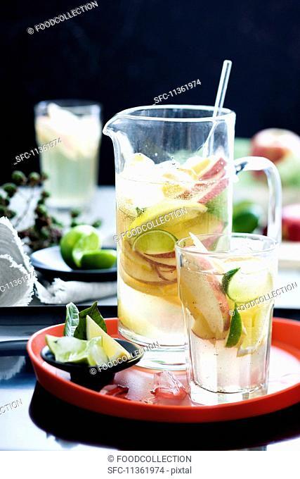White wine sangria with fruit